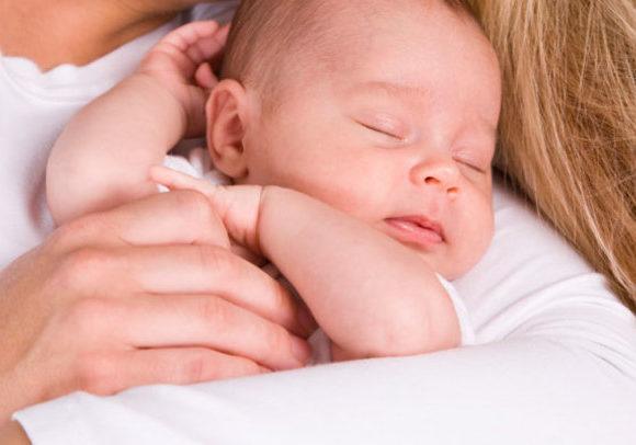 Amamentação noturna e o dente do bebê