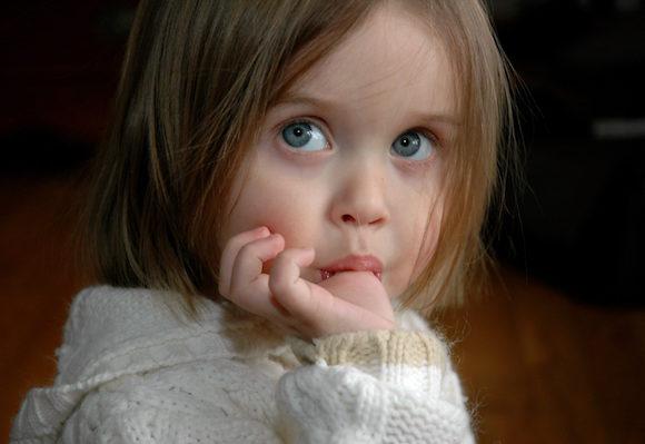 4 dicas para o seu filho parar de chupar o dedo