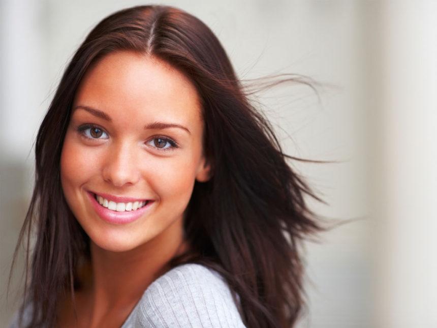 O que desgasta o esmalte do dente?